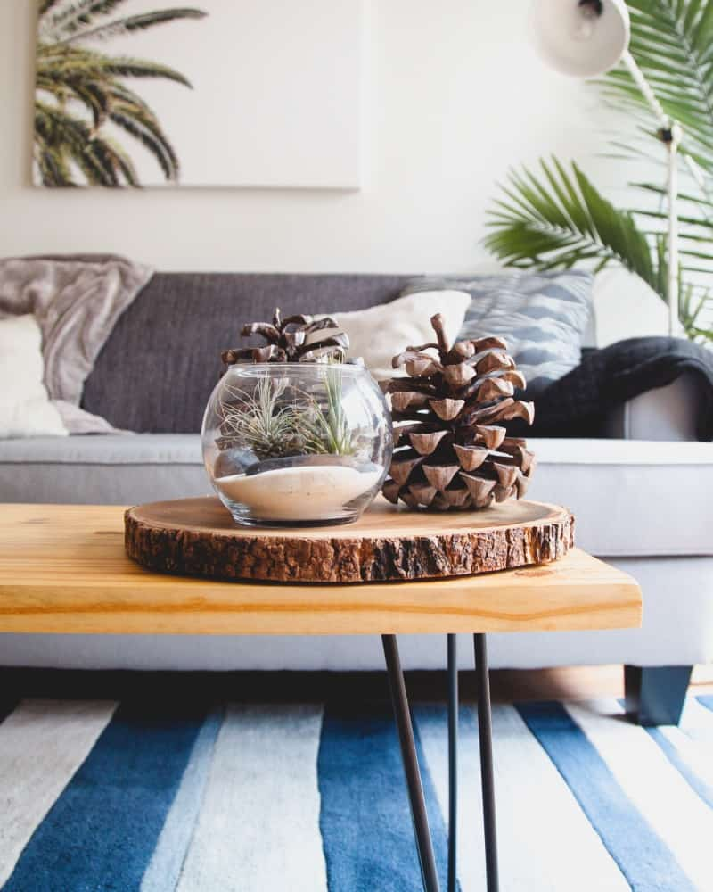 Home decorating ideas on a budget: use wood