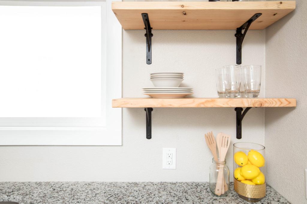 Home decorating ideas on a budget: make shelves