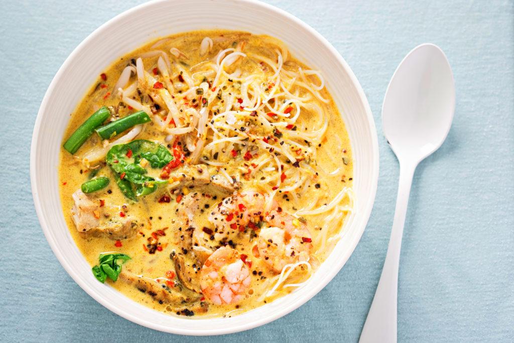 best slow cooker meals: chicken laksa