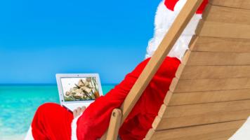 12 Christmas Hampers under $35 | Swoosh Finance